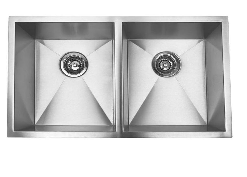 32 inch x 19 inch undermount 50 50 equal double bowl 18 gauge stainless steel kitchen sink with zero radius 32 inch x 19 inch undermount 50 50 equal double bowl 18 gauge      rh   tnaus com